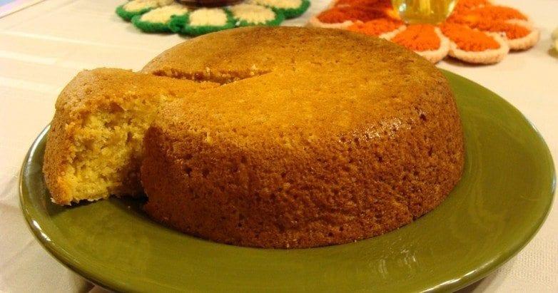 Crock Pot Cornbread! Visit us @ https://www.slowcookerkitchen.com