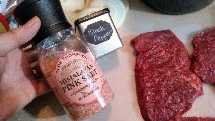 Crock Pot Cube Steak and Gravy