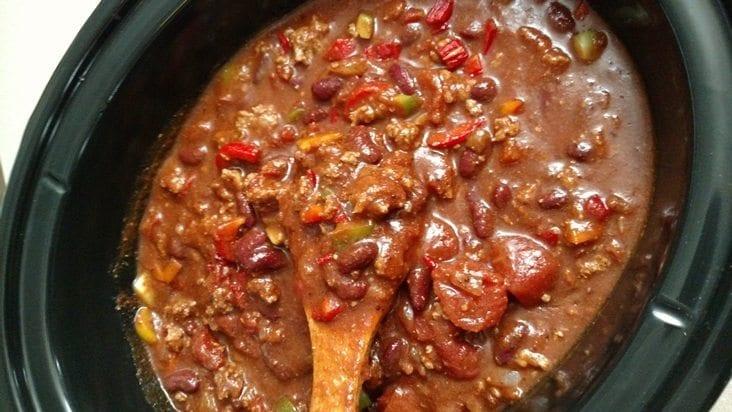 easy crockpot chili and homemade chili seasoning