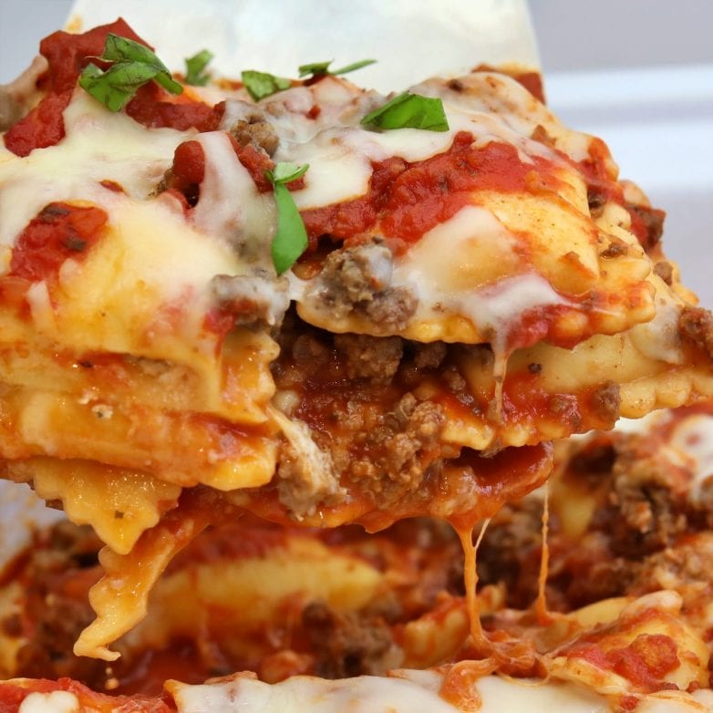Deliciously easy slow cooker ravioli lasagna