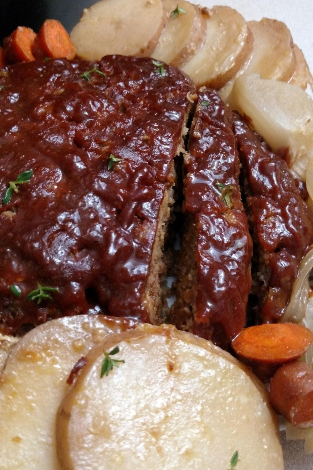 simple recipe for crockpot meatloaf